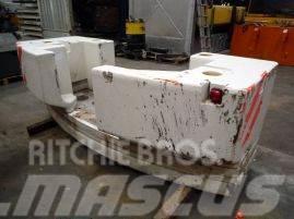 Liebherr LTM 1045-3.1 counterweight