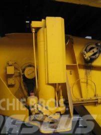 Liebherr LTM 1090-2 counterweight cyl