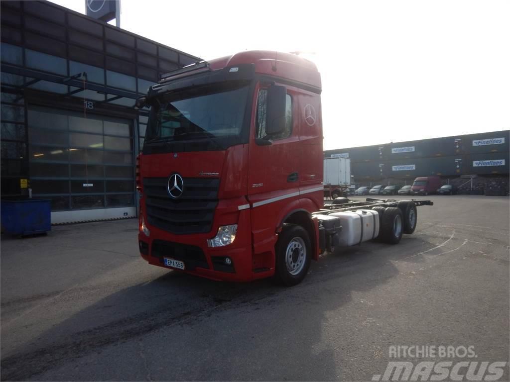 Mercedes-Benz ACTROS L 2551 L Alusta