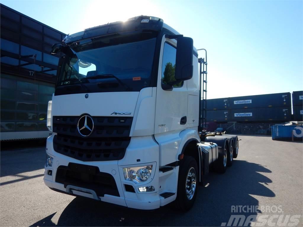 Mercedes-Benz Arocs 3251 8x4