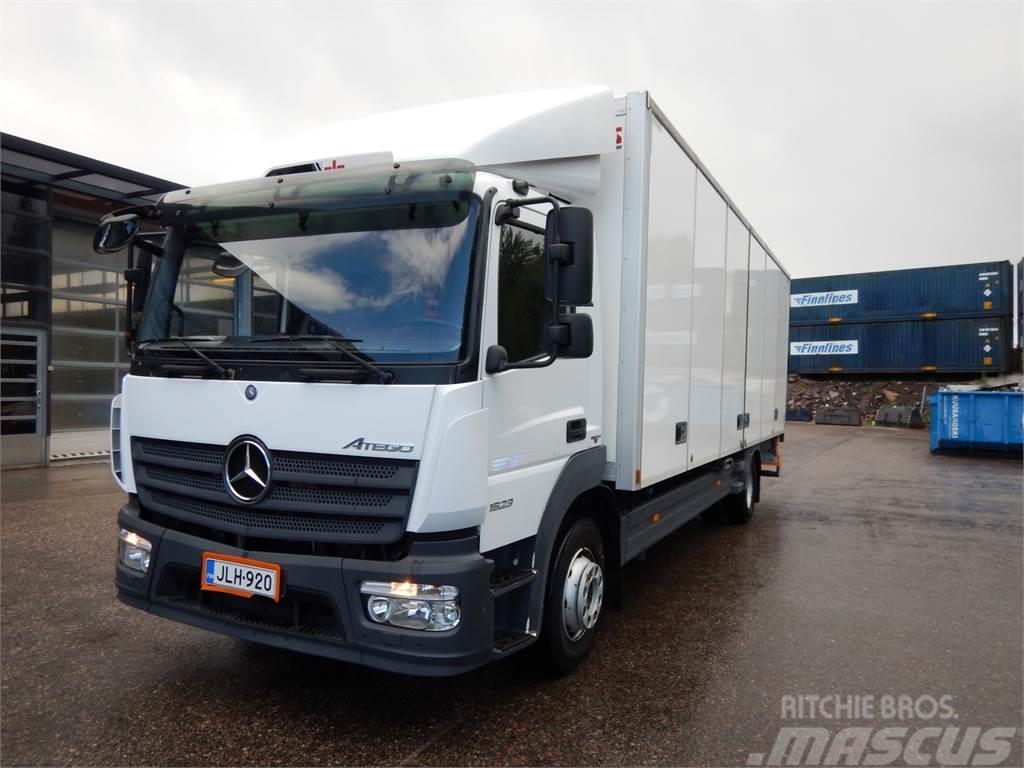 Mercedes-Benz Atego 1524L Kokosivuaukeva+PL