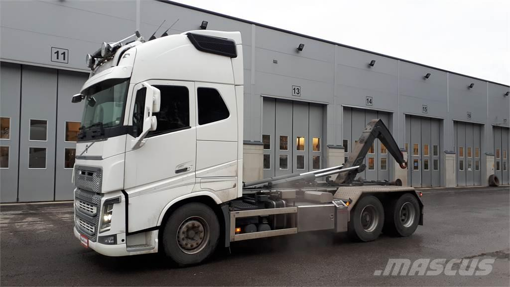 Volvo FH750 6x2 Koukkulaite