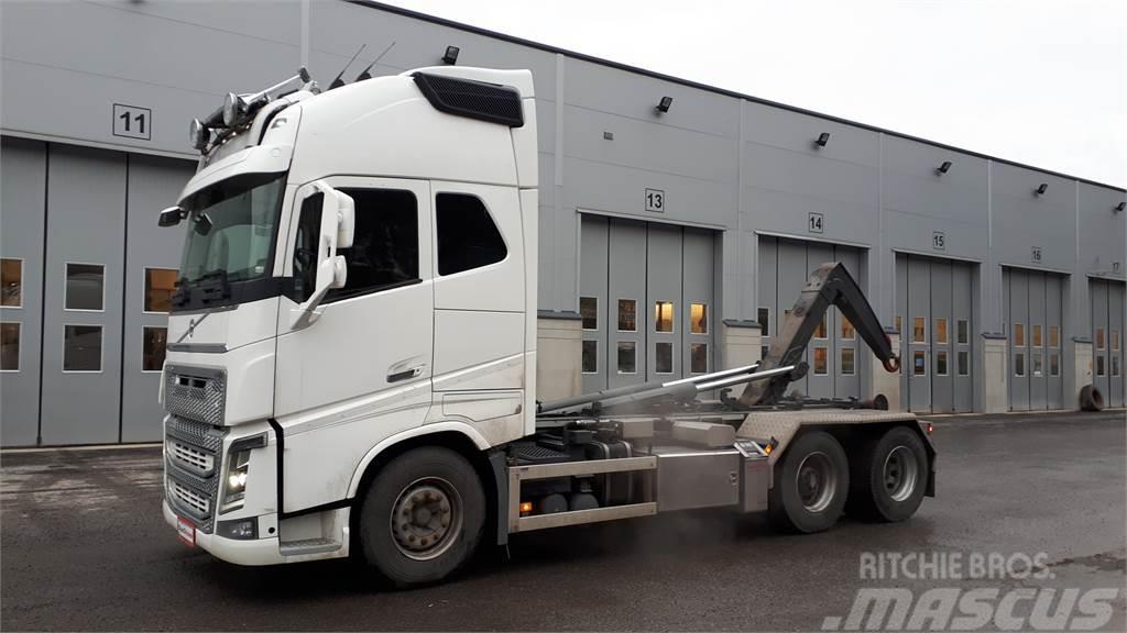 Volvo FH750 - Koukkulaite - Vaihtohyvitys 15 000 eur