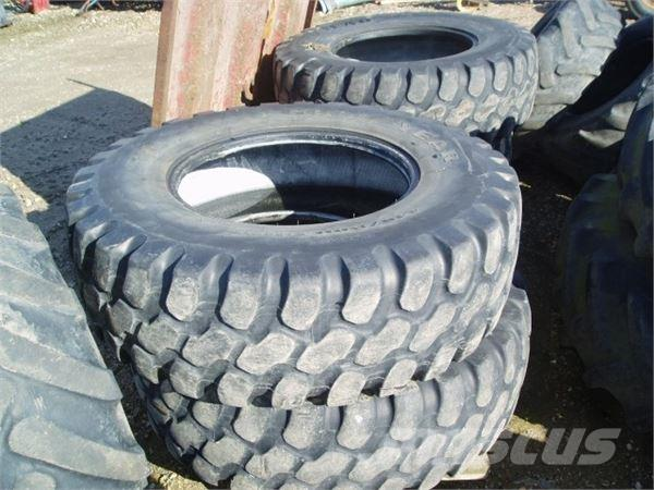 Goodyear 440/80x28, Wheels