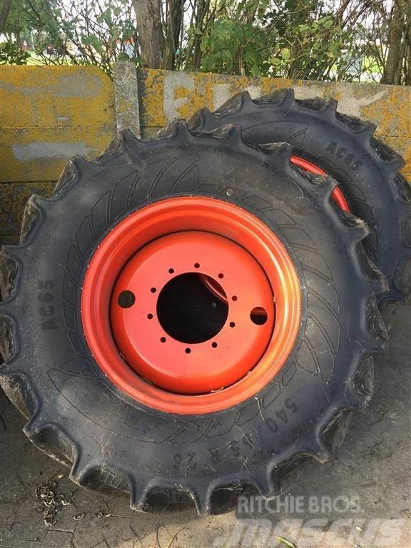 Mitas 540/65R28