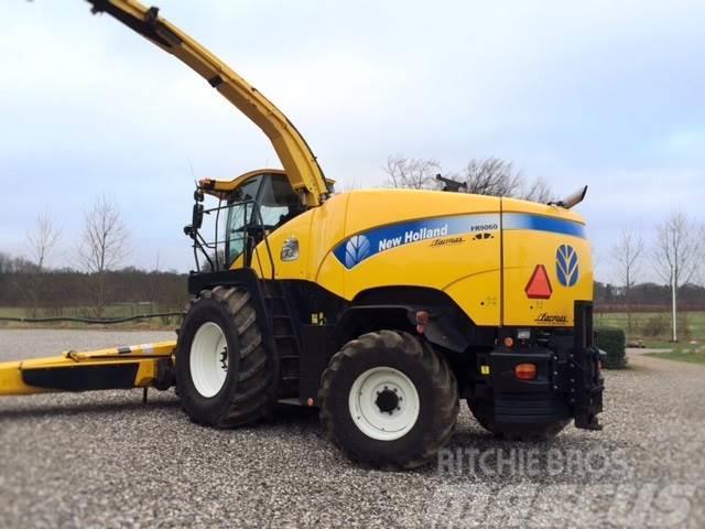 New Holland FR 9060 med pick up