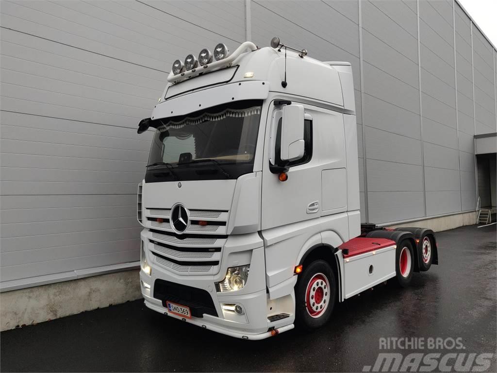 Mercedes-Benz Actros 25..