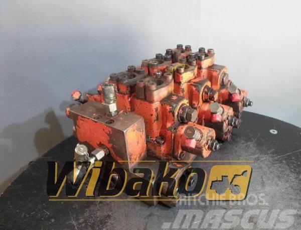 Atlas Control valve / Rozdzielacz Atlas 1604 M/3