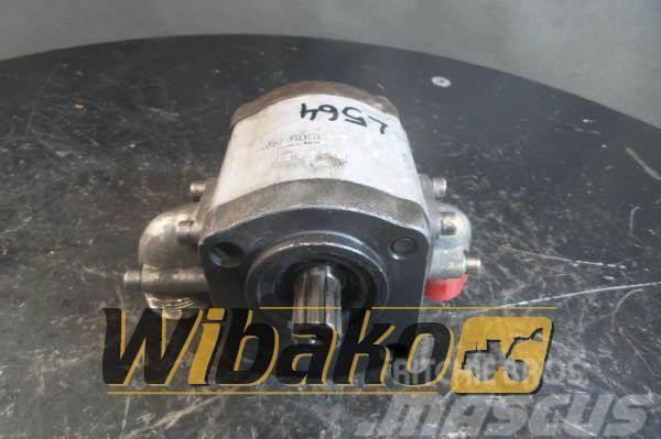 Bosch Gear pump / Pompa zębata Bosch 0510615023