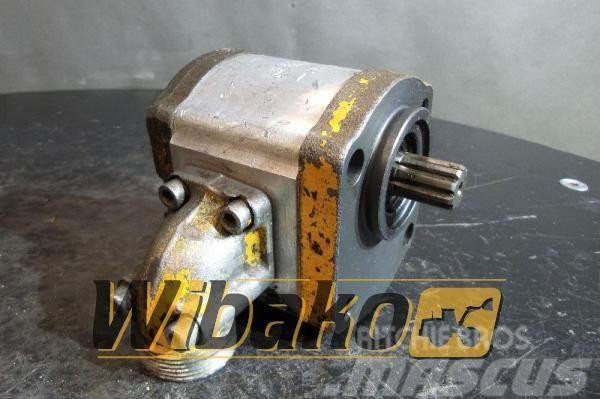 Bosch Hydraulic pump Bosch 0510515006