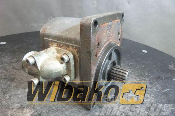 Bosch Hydraulic pump Bosch 0510725323