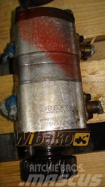 Bosch Hydraulic pump / Pompa pomocnicza Bosch 0510565317