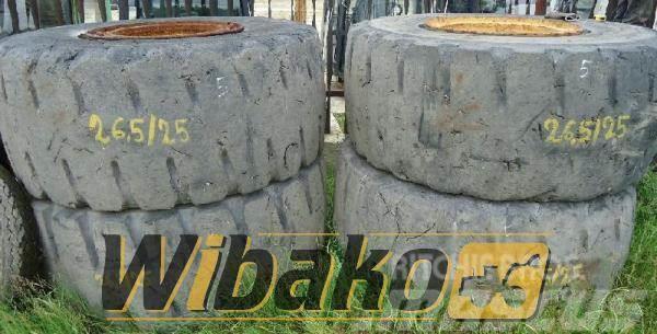 Bridgestone Wheel / Koło Bridgestone 26.5/25 19/45/49