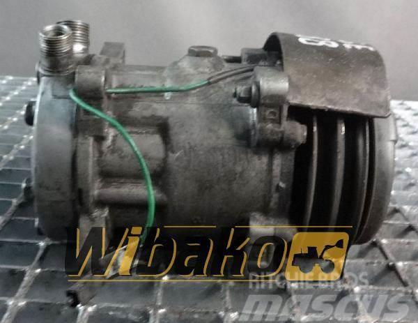 CASE Air conditioning compressor Case 1488
