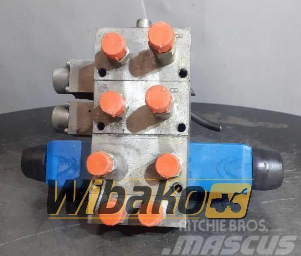 CASE Control valve Case 688