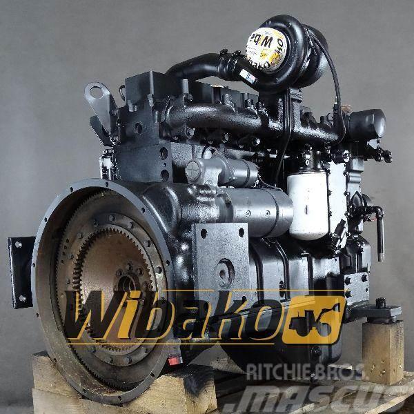 CASE Engine / Silnik spalinowy Case 6T-830