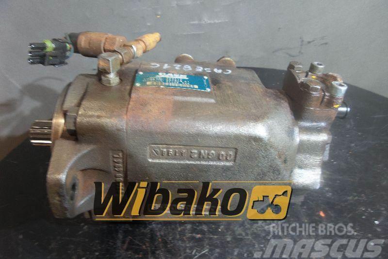 CASE Hydraulic pump / Pompa hydrauliczna Case 702810 22