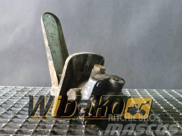 CASE Pedal / Pedał Case 821