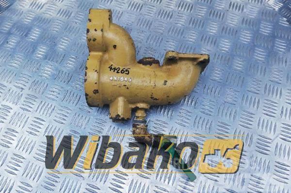 Caterpillar Oil cooler elbow Caterpillar 3408 4N1945