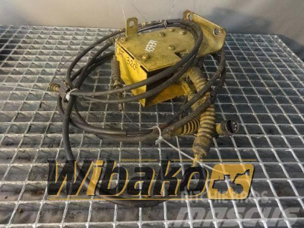 Caterpillar Stepper motor / Silnik krokowy Caterpillar 7Y5558X
