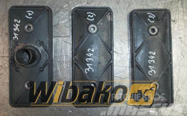 Daewoo Zaślepka popychaczy ze spływką turbiny Daewoo DB58