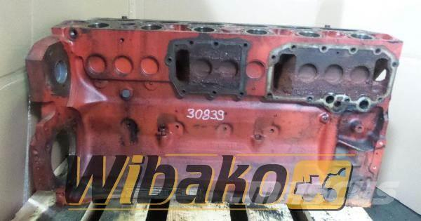 Deutz Crankcase Deutz BF6M1012 04206663