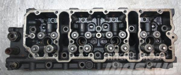 Deutz Cylinderhead Deutz TCD2012 L04 4V 0489446RY