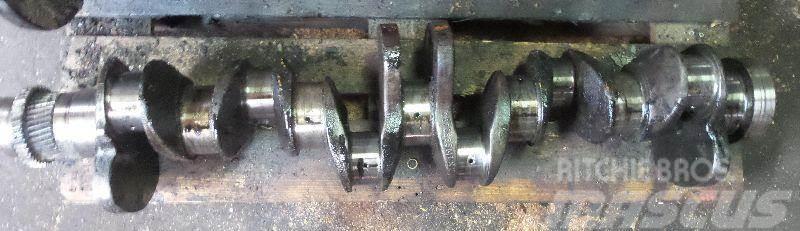 Hanomag Crankshaft Hanomag D964T 3070685M1
