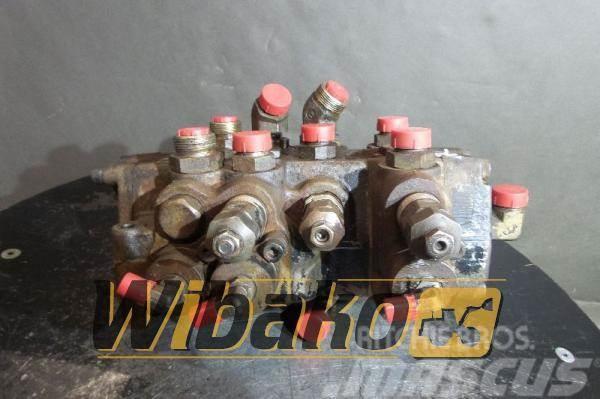 Hitachi Control valve Hitachi W170 M/3