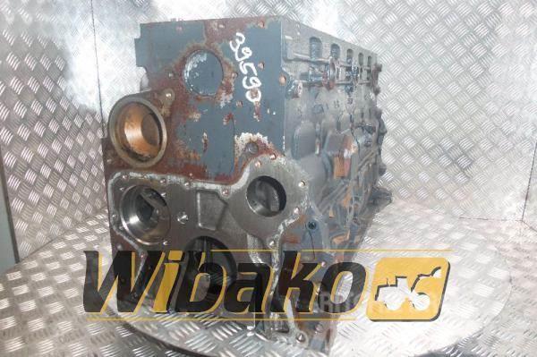 Iveco Crankcase Iveco F4AE0681B *S112-00526410