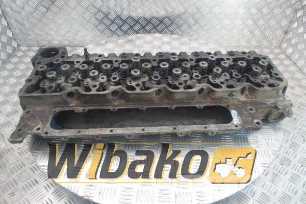 Iveco Cylinder head Iveco F4AE0682C 4893044