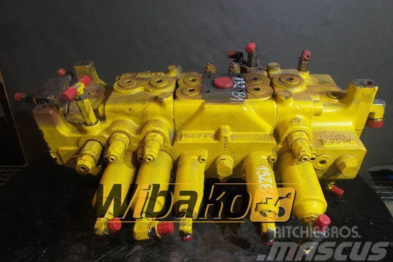 Kawasaki Control valve / Rozdzielacz Kawasaki KMX15F/23027
