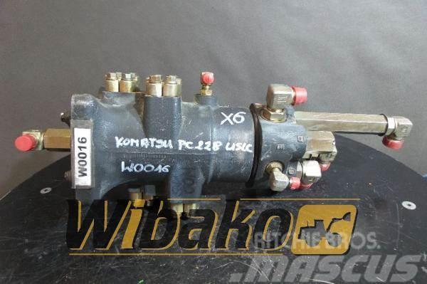 Komatsu Control valve Komatsu PC228