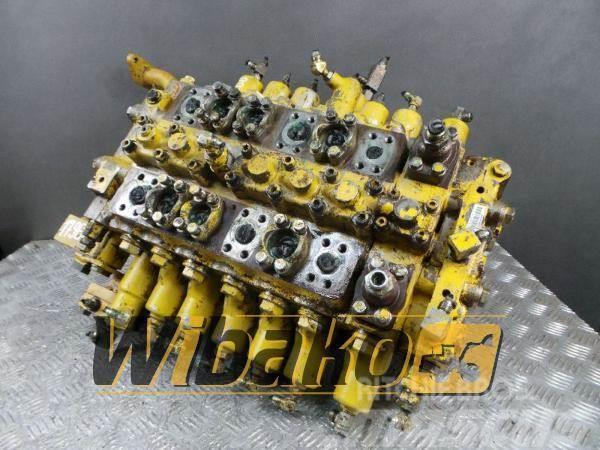 Komatsu Control valve / Rozdzielacz Komatsu PC210-6K M/7