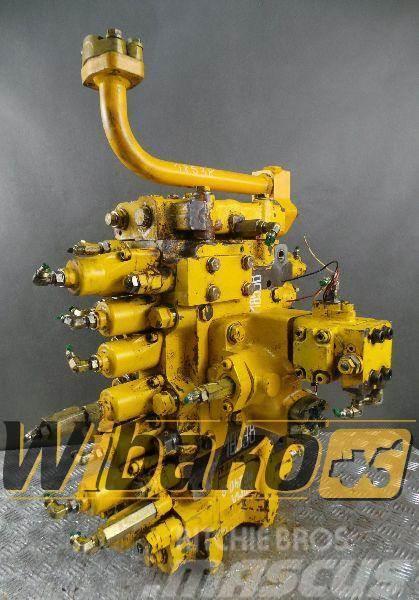 Komatsu Distributor Komatsu PC240LC-6