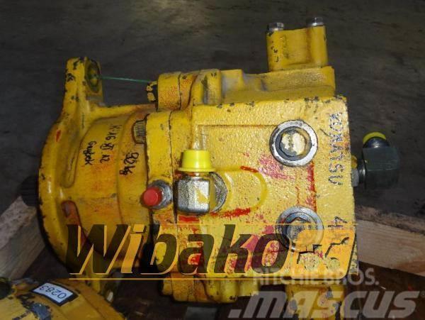 Komatsu Hydraulic motor / Silnik hydrauliczny Komatsu 706-