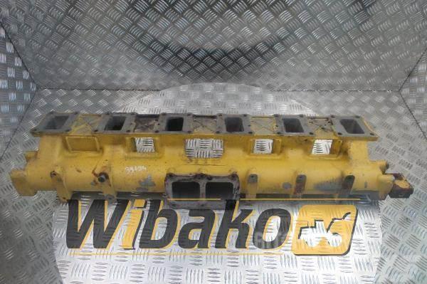 Komatsu Intake manifold Komatsu S6D125E-1