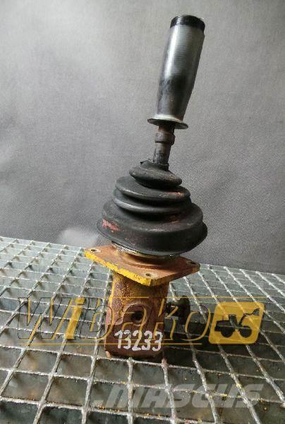 Komatsu Joystick / Dżojstik Komatsu PC300-5