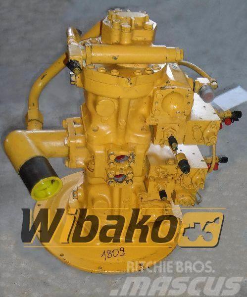 Komatsu Main pump Komatsu DB013646 708-25-04032