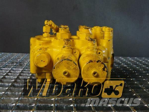 Liebherr Control valve Liebherr M/2