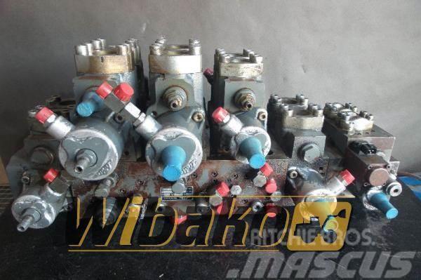 Liebherr Control valve Liebherr R914 H2X669N00544