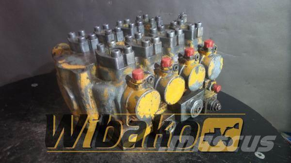 Liebherr Control valve Liebherr M/4