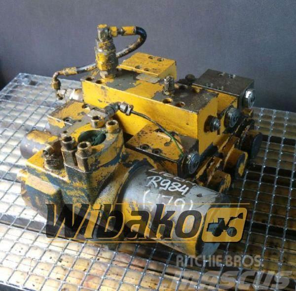 Liebherr Control valve Liebherr R984 M/4