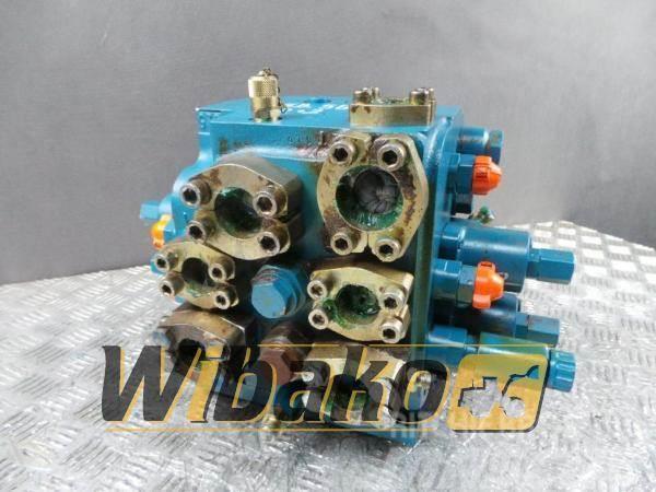 Liebherr Control valve / Rozdzielacz Liebherr 5717290 R9002