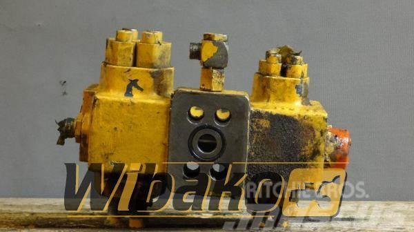 Liebherr Cylinder valve Liebherr R942