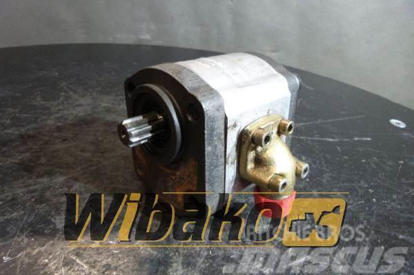 Liebherr Gear pump Liebherr 5716937