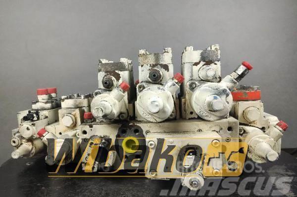 Liebherr Hydraulic distributor Liebherr 1000033 7