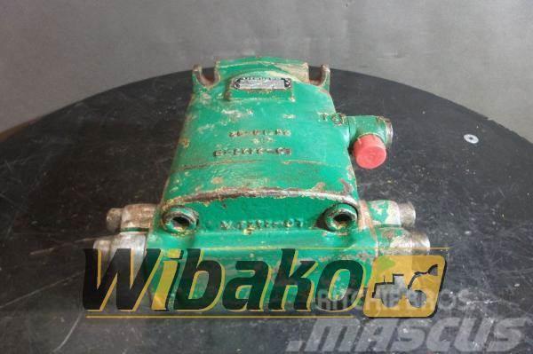 Liebherr Hydraulic motor Liebherr LMF64 9477411000