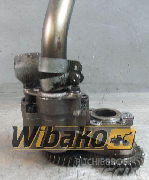 Liebherr Oil pump Silnika Liebherr D 936 A7 10133996
