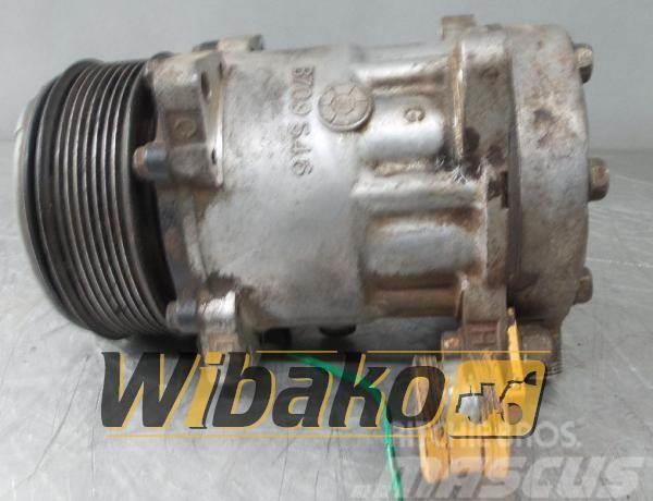 Liebherr Sprężarka klimatyzacji Liebherr SD7H15 1039101334